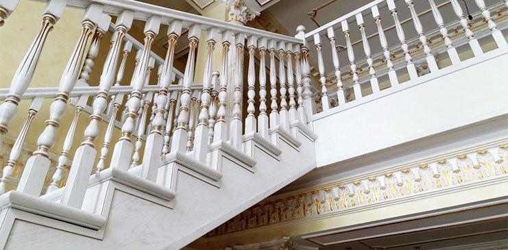 """Лестницы на заказ от """"Valesco"""""""